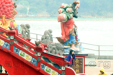 Chinesin beim Sightseeing in Hongkong.